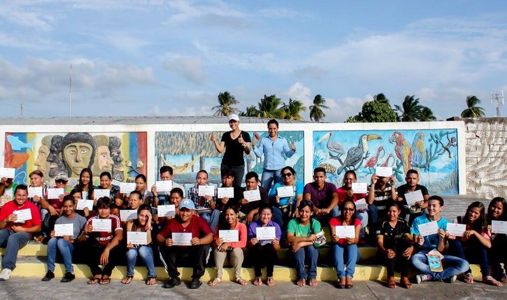 Estudiantes del Programa de Microempresarios