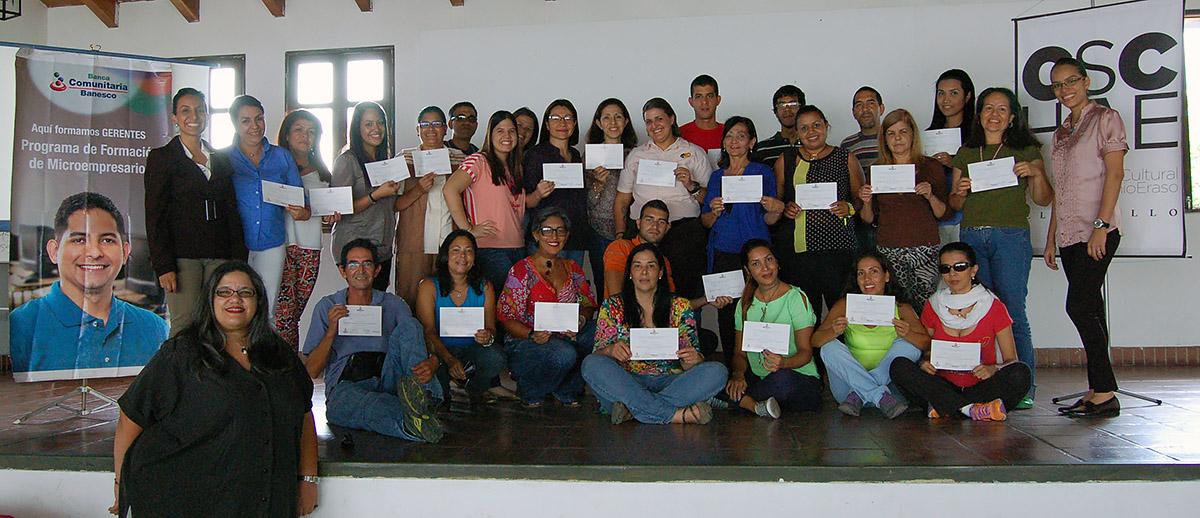 560 artesanos y chocolateras mirandinos realizaron el Programa de Microempresarios